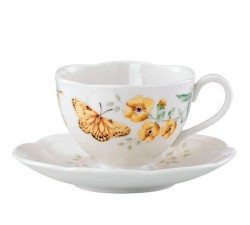Filiżanka-fritillary-butterfly-meadow-lenox